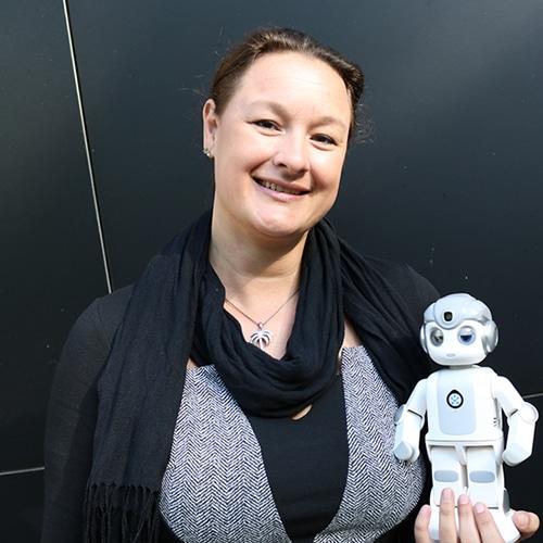 RobotXperience, Helma Lensen