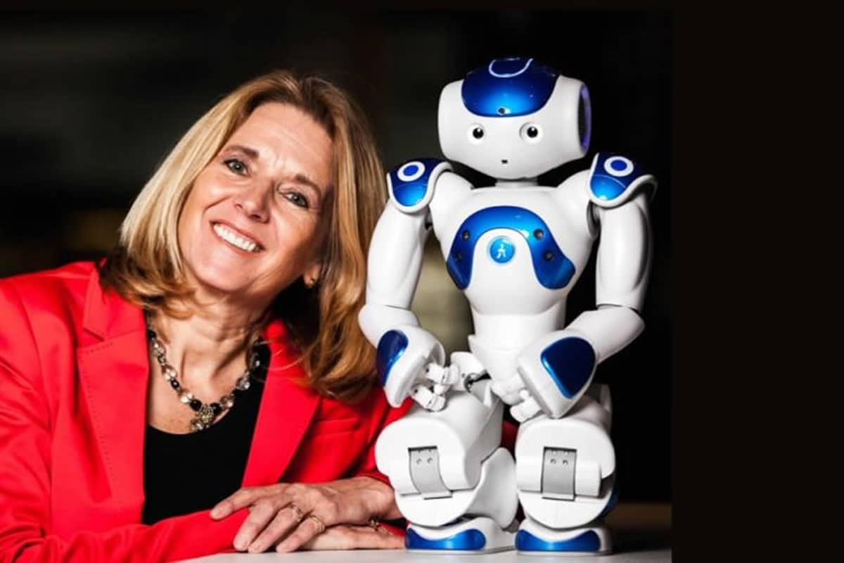 Anita-van-den-Hoek-dagvoorzitter-robots-en-ethiek